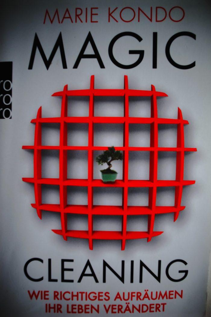 bock auf einen fr hjahrsputz miste dein leben aus und werde gl cklich mit magic cleaning von. Black Bedroom Furniture Sets. Home Design Ideas